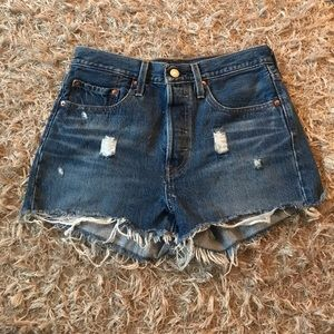 High waisted Levi Shorts!